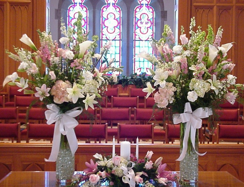 Church wedding decorations shannon 39 s custom florals for Church wedding decorations