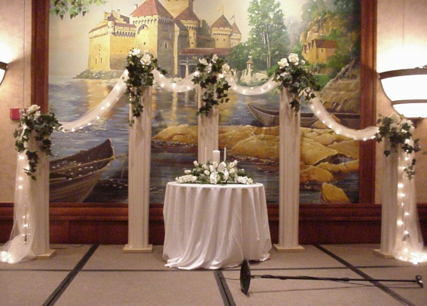 church wedding decorations with columns quotes