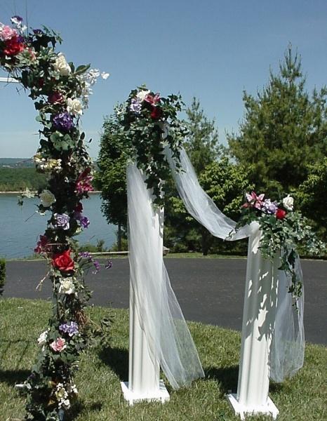 Shannons Custom Florals columns Wedding Rentals Springfield MO Eureka Springs (12)