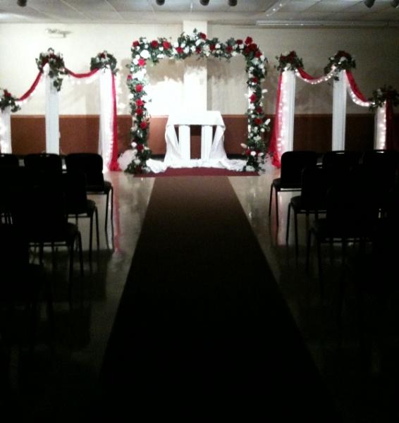Shannons Custom Florals columns Wedding Rentals Springfield MO Eureka Springs (2)