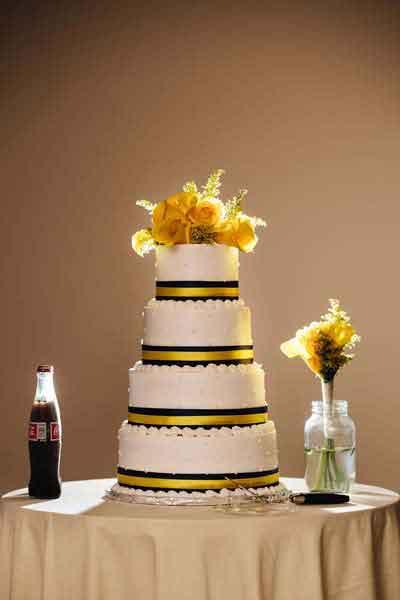 Wedding Cake Flowers Springfield Mo Branson Mo Joplin Mo Eureka Springs AR