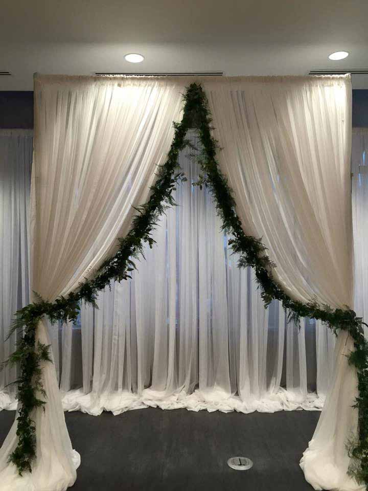 Church wedding decorations shannons custom florals springfield bookmark this page for wedding flowers eureka springs flowers weddings rentals eureka springs ar junglespirit Image collections